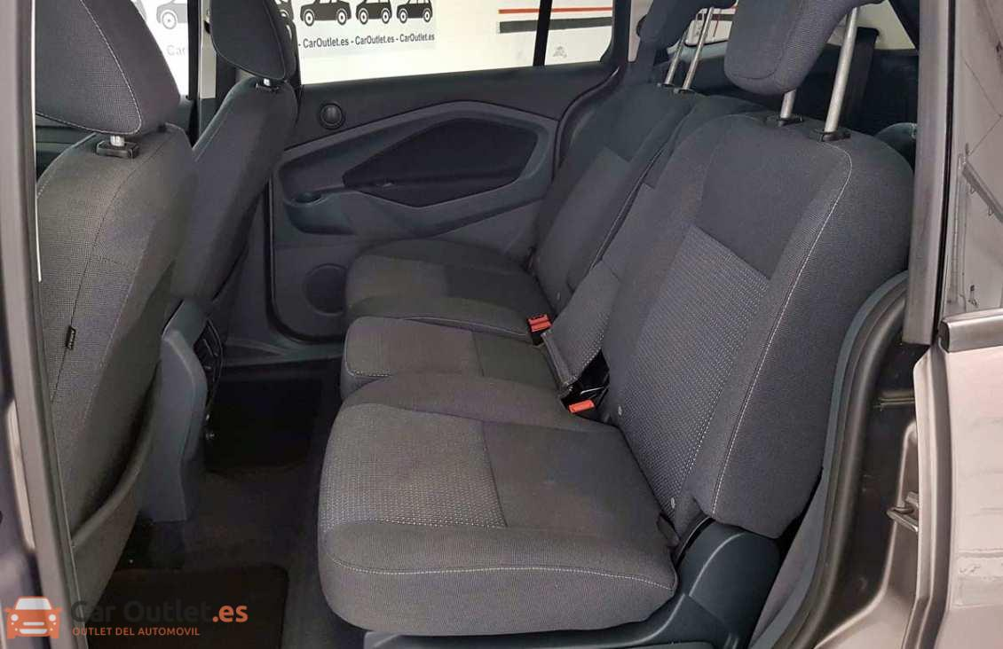 8 - Ford Grand CMax 2013