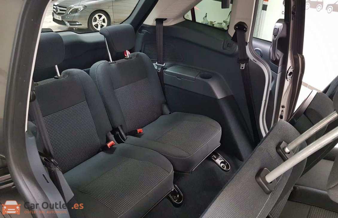 9 - Ford Grand CMax 2013