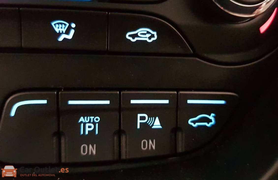 21 - Ford CMax 2013 - AUTO