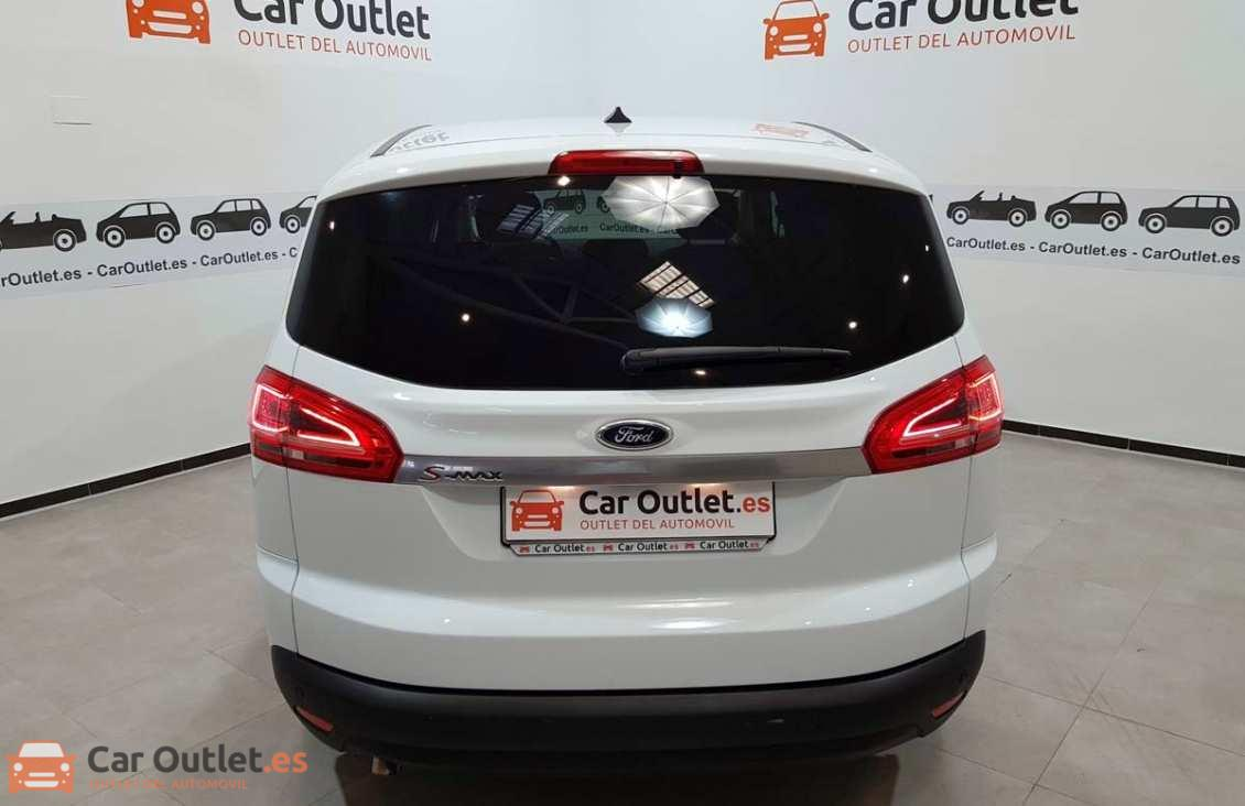 4 - Ford S-Max 2015