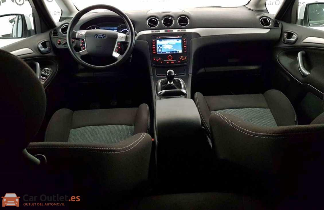 23 - Ford S-Max 2015