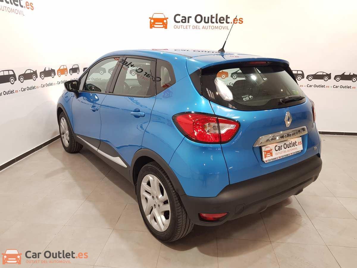 5 - Renault Captur 2014
