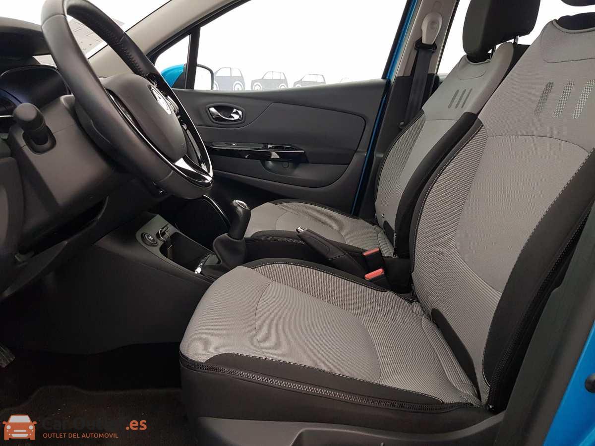 6 - Renault Captur 2014