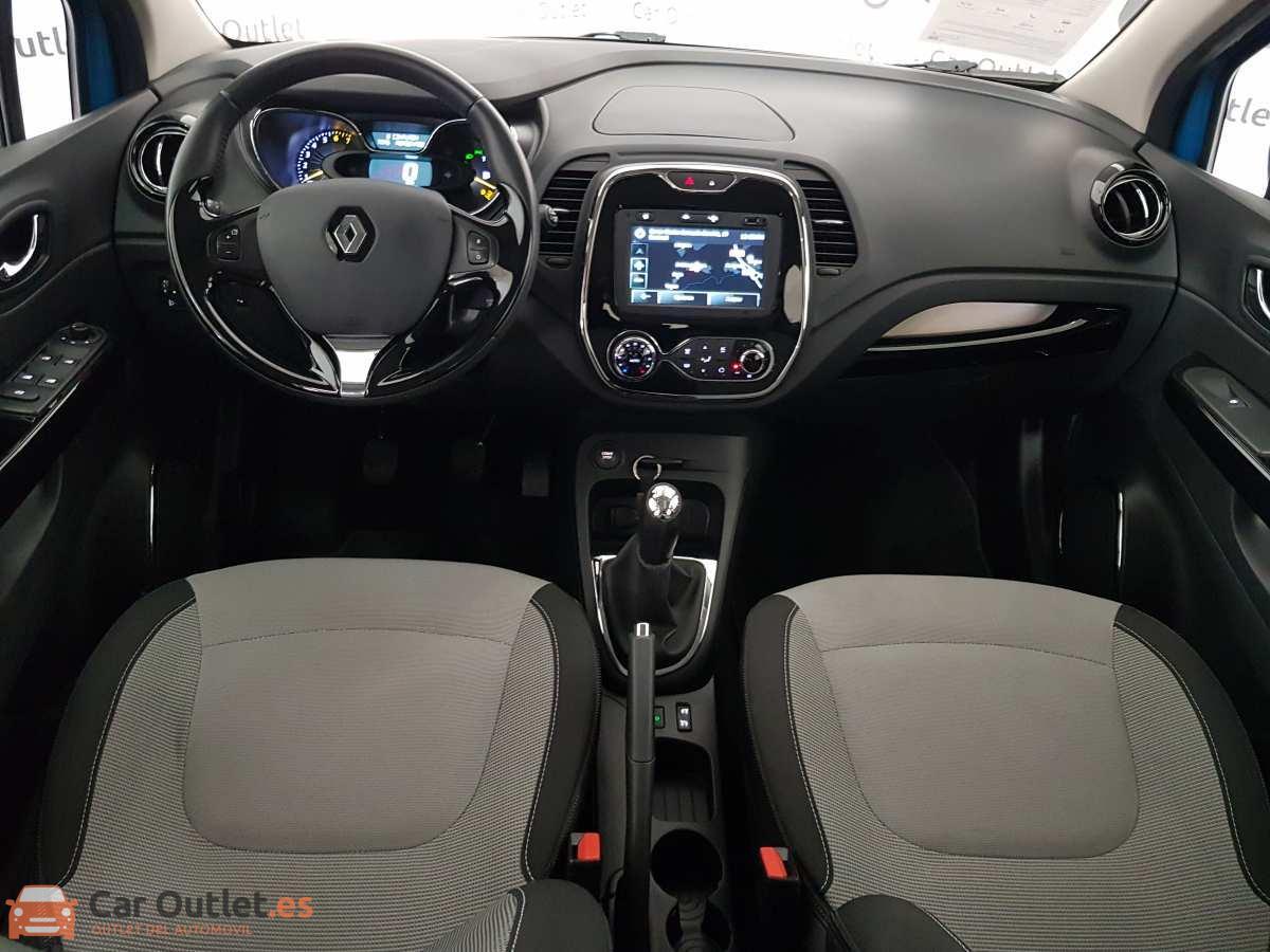 8 - Renault Captur 2014