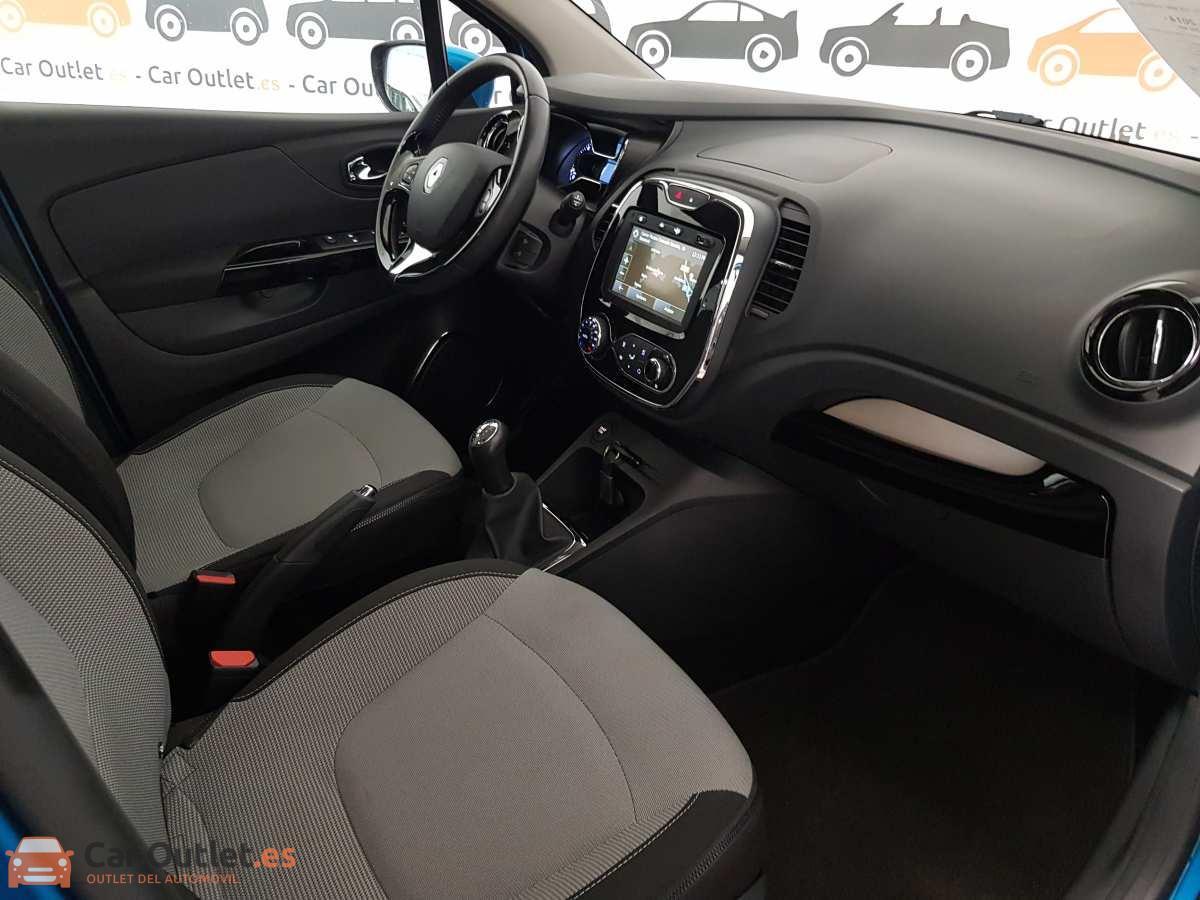 9 - Renault Captur 2014