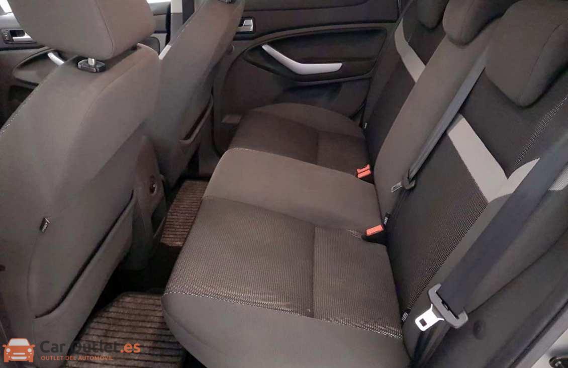9 - Ford Kuga 2010