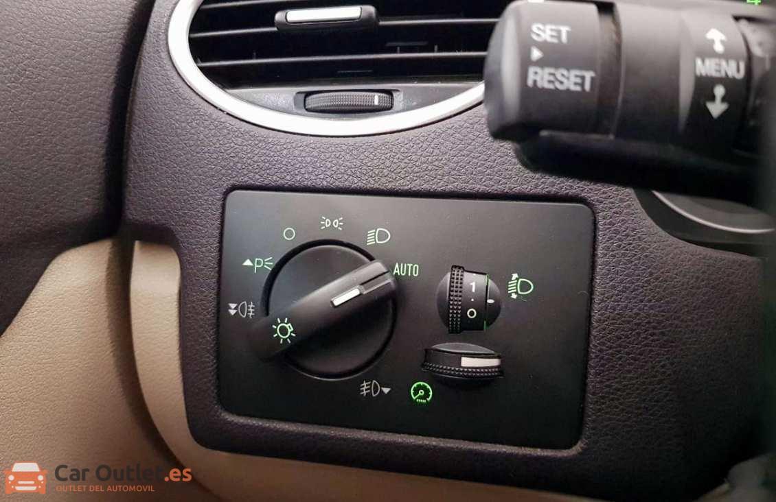 18 - Ford Focus 2007 - CABRIO