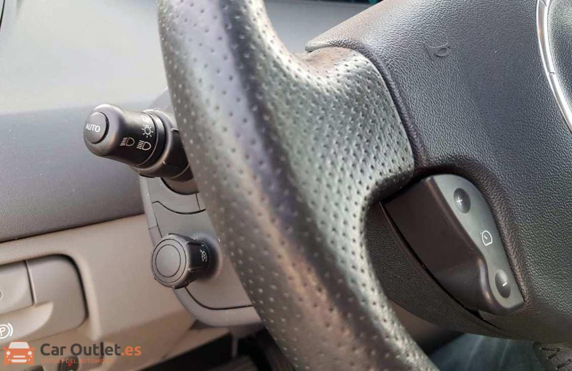 10 - Renault Scenic 2007 - AUTO