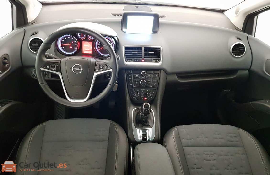 11 - Opel Meriva 2012