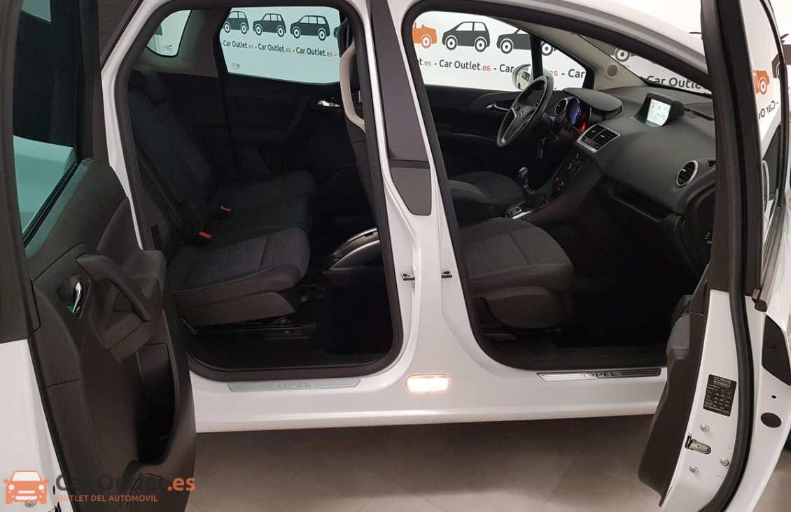 14 - Opel Meriva 2012