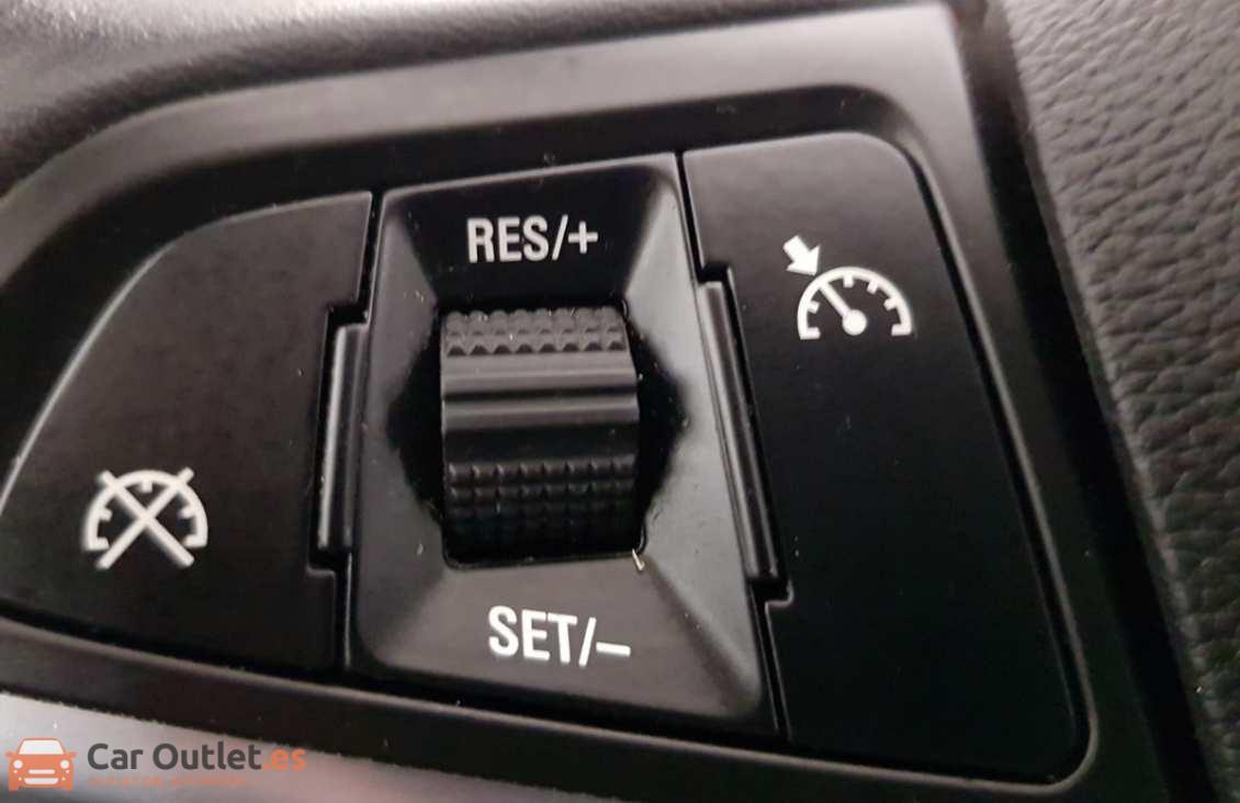 17 - Opel Meriva 2012