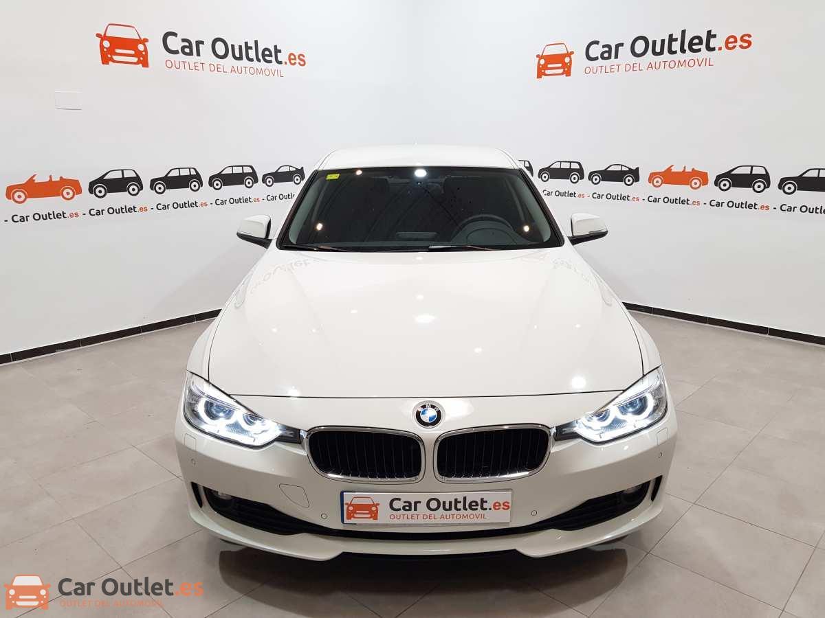 1 - BMW 318 2014 - AUTO