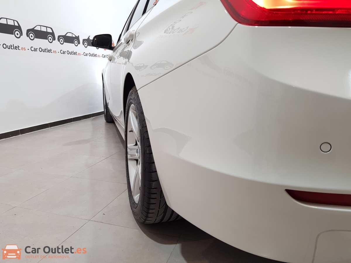 7 - BMW 318 2014 - AUTO