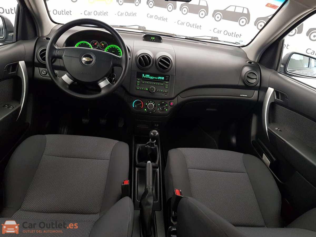 8 - Chevrolet Aveo 2011