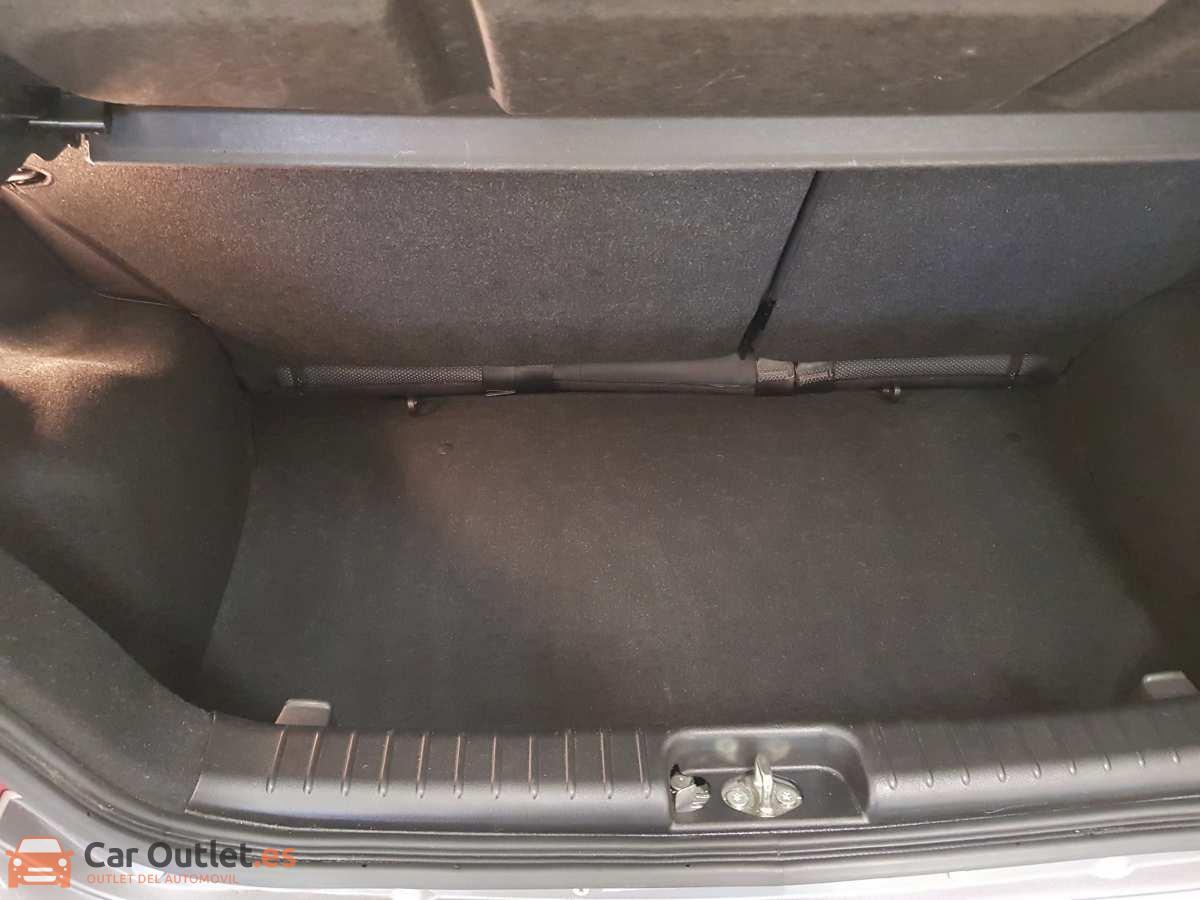 9 - Chevrolet Aveo 2011