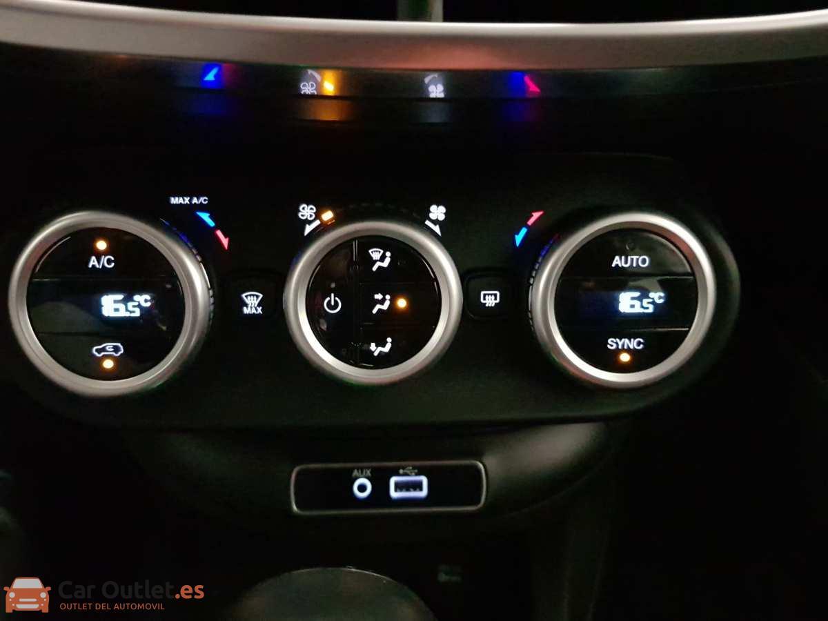 17 - Fiat 500X 2017 - AUTO