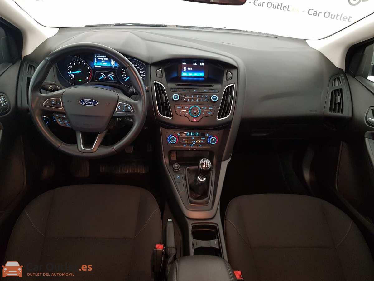 9 - Ford Focus 2016