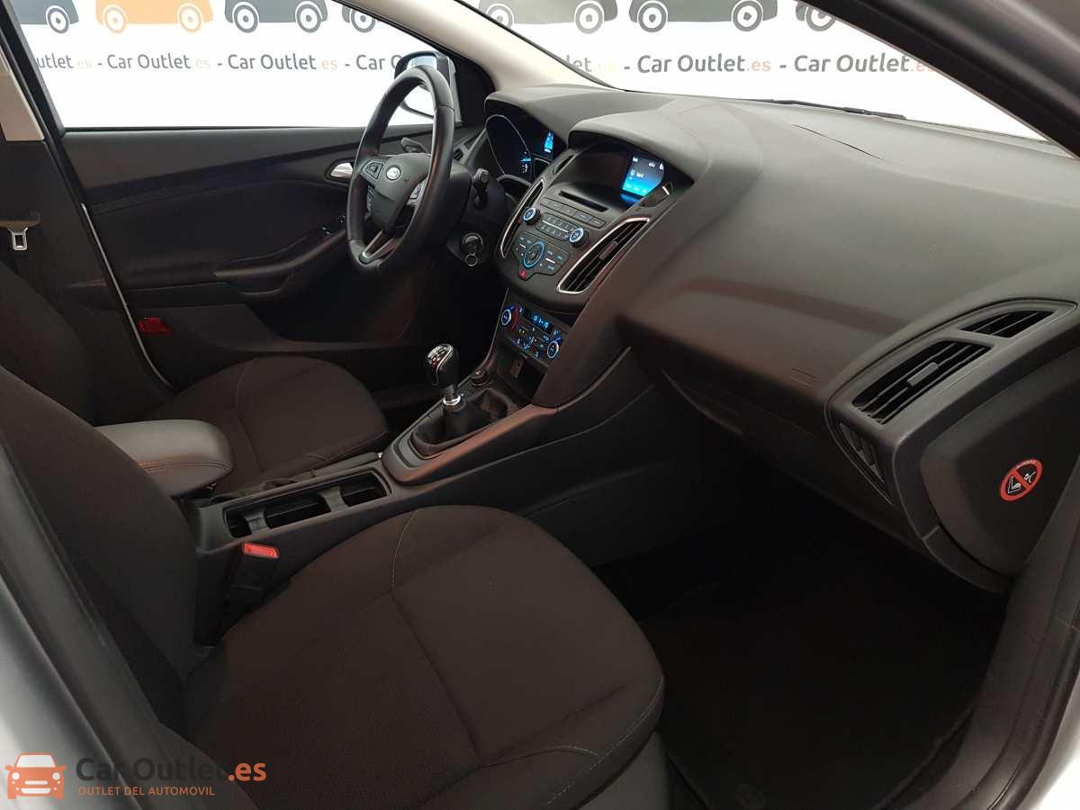 13 - Ford Focus 2016