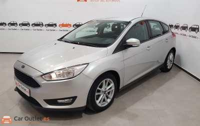 Ford Focus Gasolina - 2016