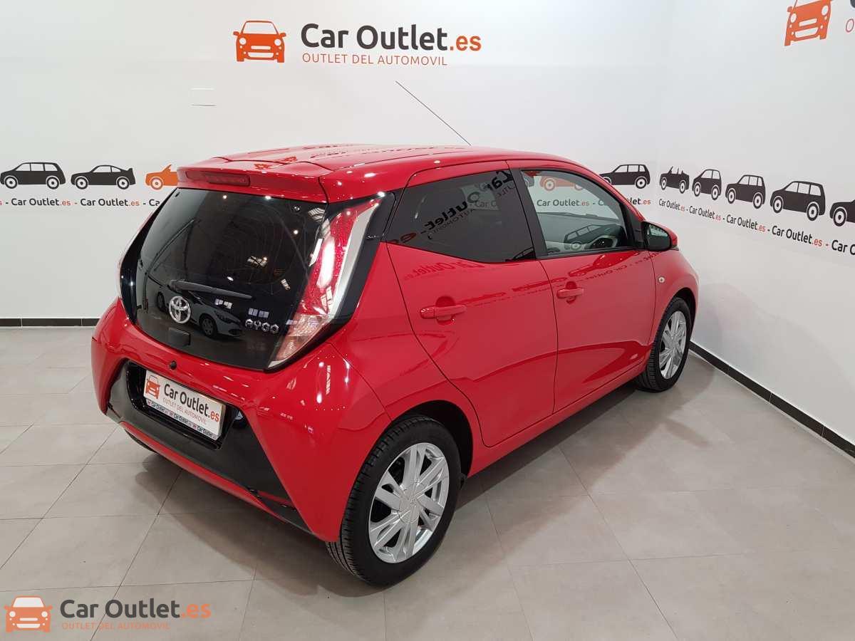 3 - Toyota Aygo 2015 - AUTO