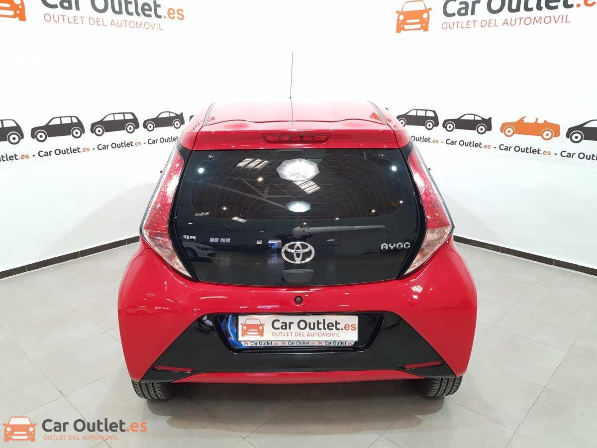 4 - Toyota Aygo 2015 - AUTO