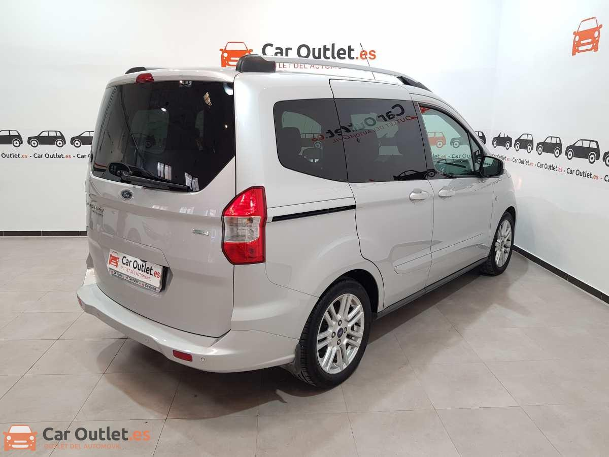 3 - Ford Tourneo Courier 2017