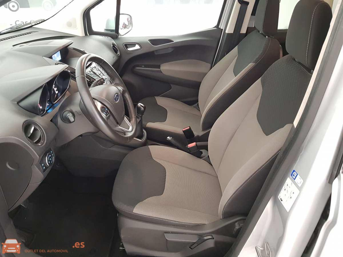 9 - Ford Tourneo Courier 2017