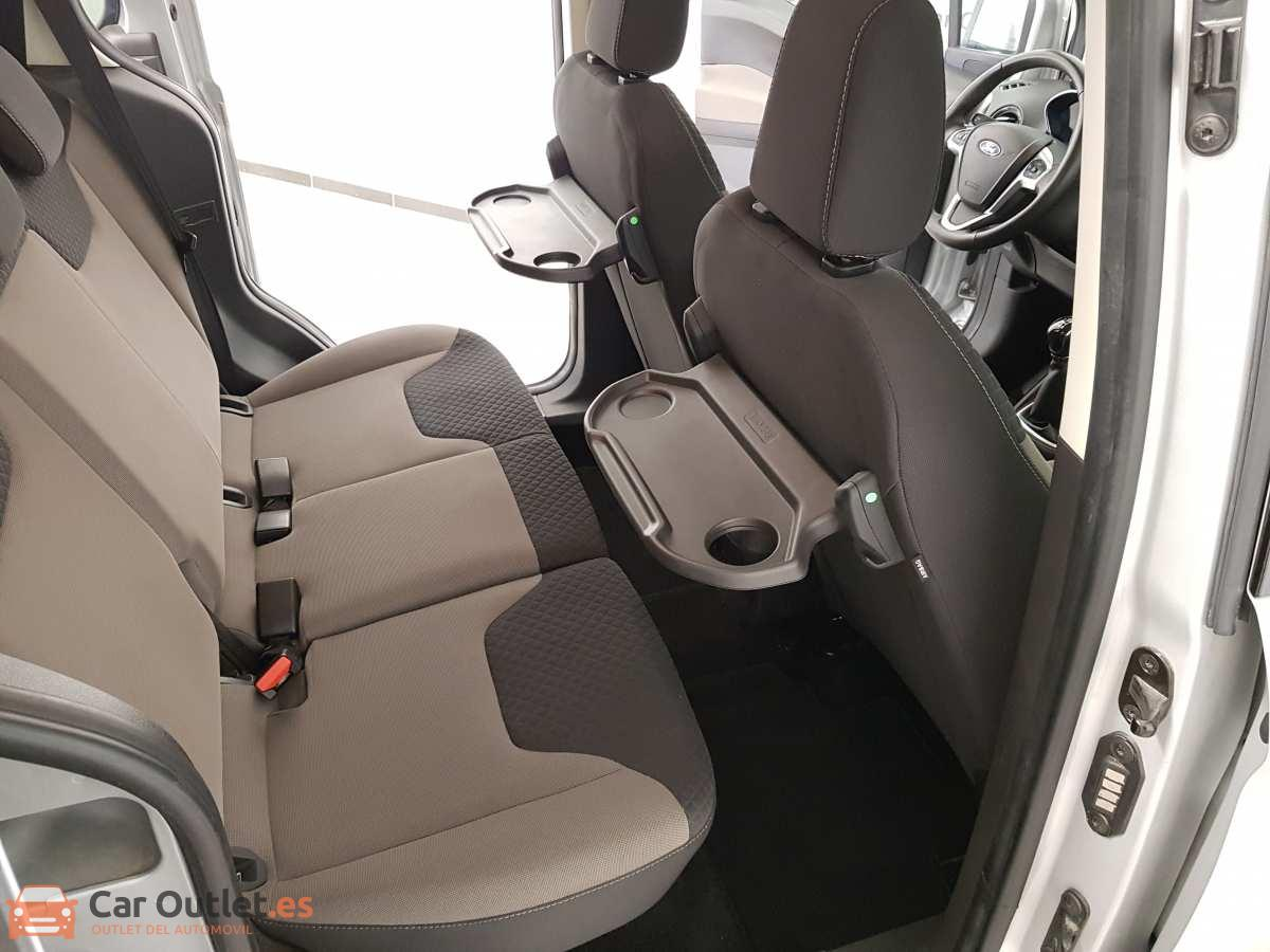 11 - Ford Tourneo Courier 2017
