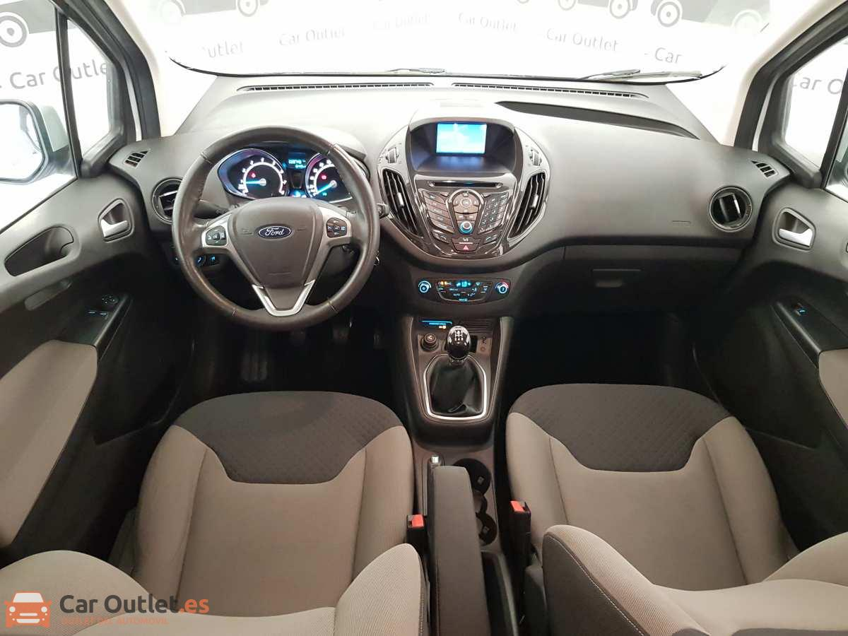 14 - Ford Tourneo Courier 2017