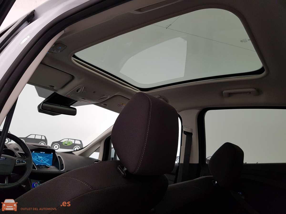 12 - Ford CMax 2018