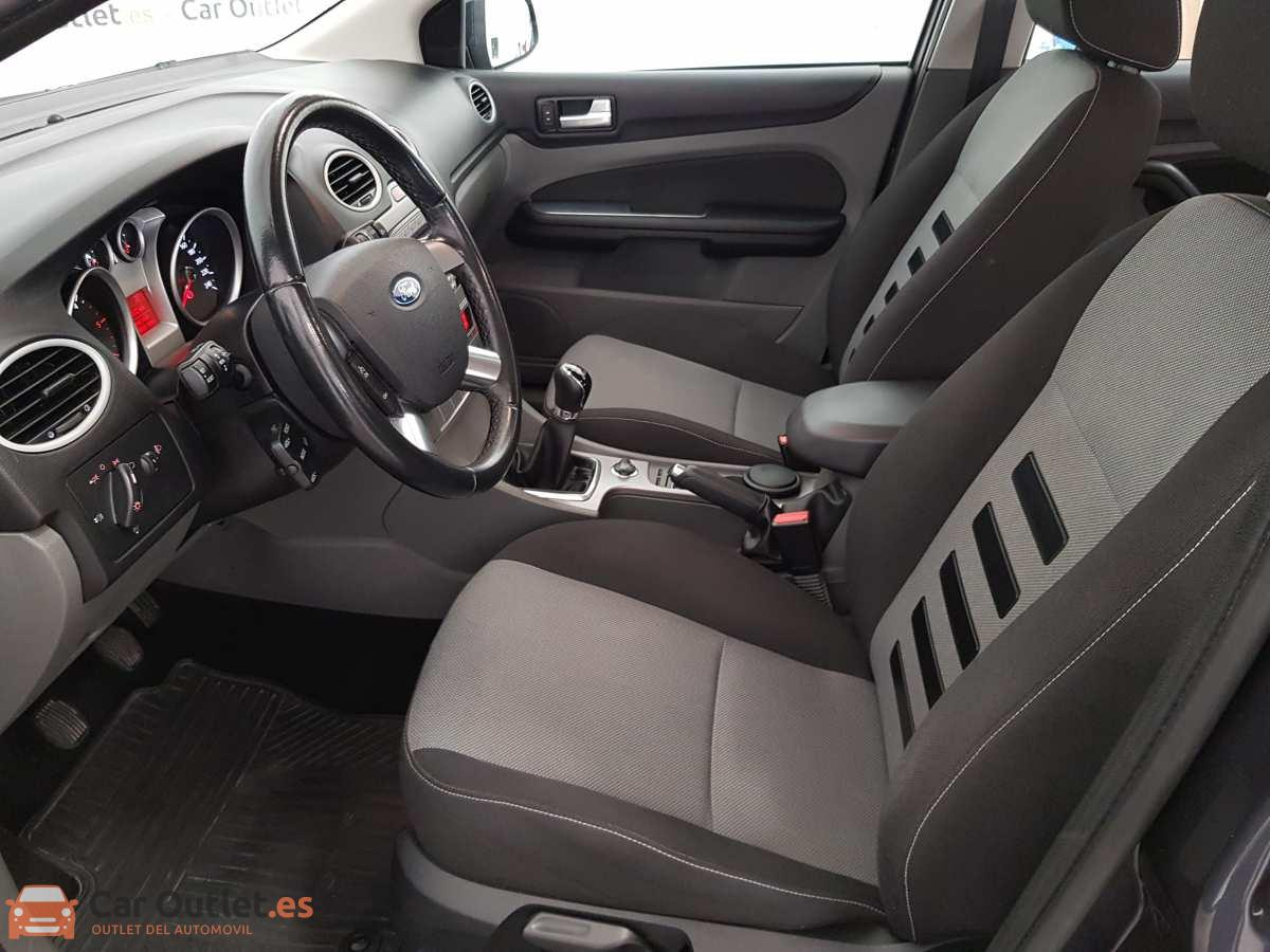 7 - Ford Focus 2010