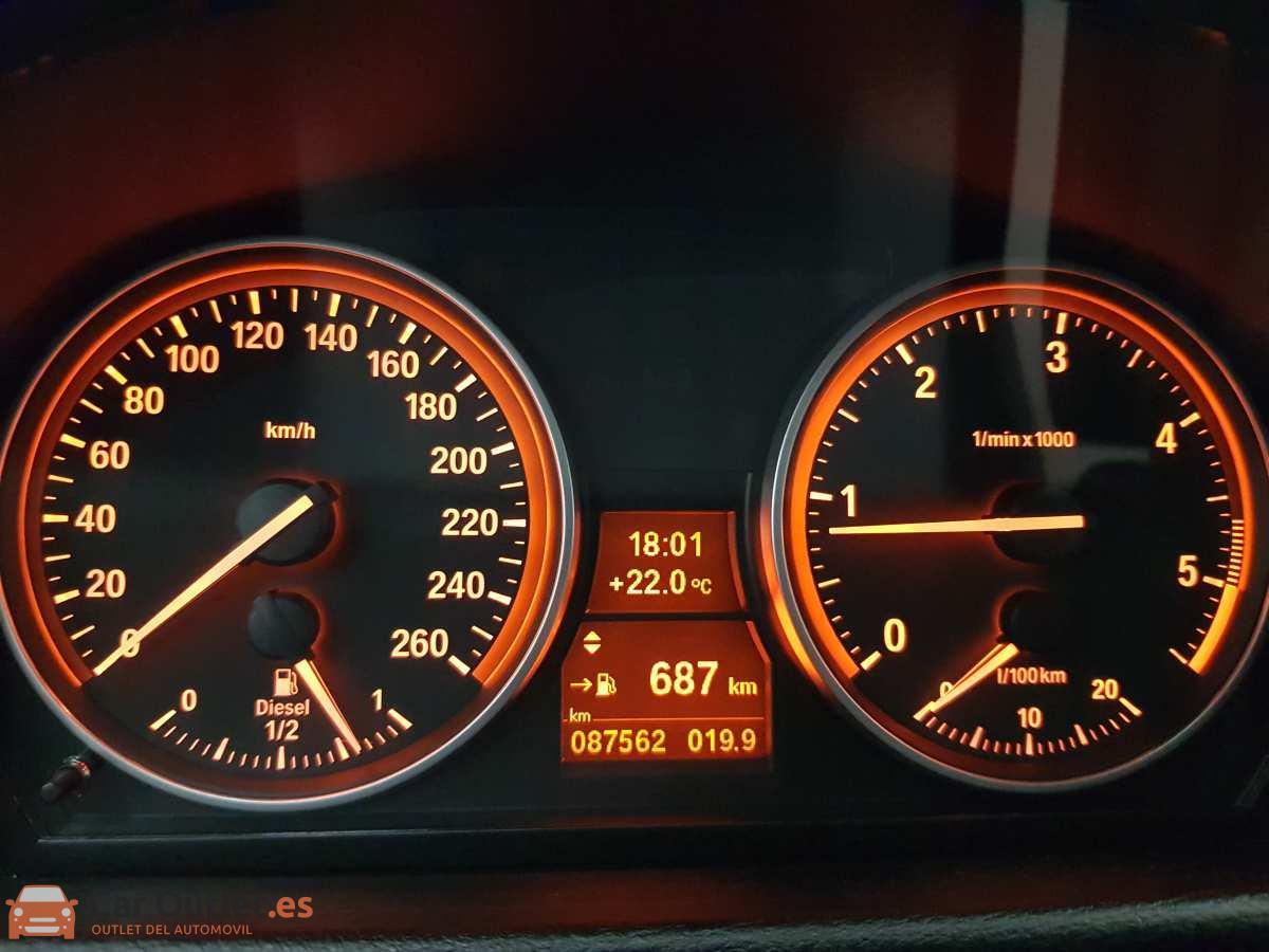 11 - BMW X1 2014