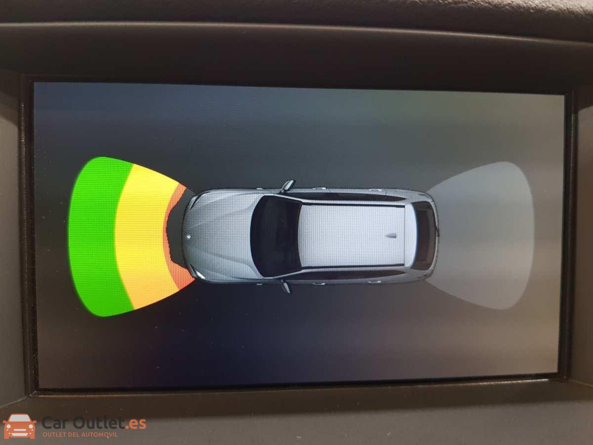 16 - BMW X1 2014