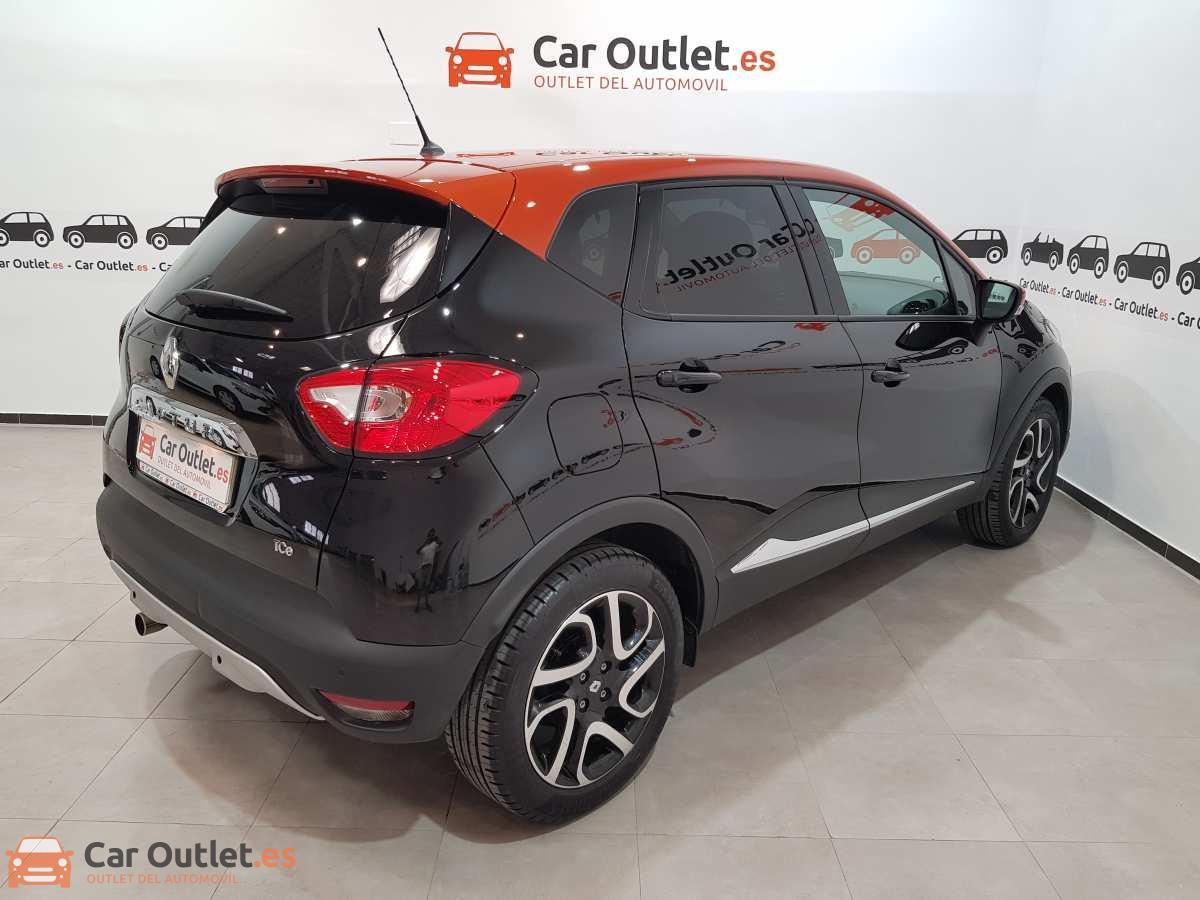 3 - Renault Captur 2015 - AUTO