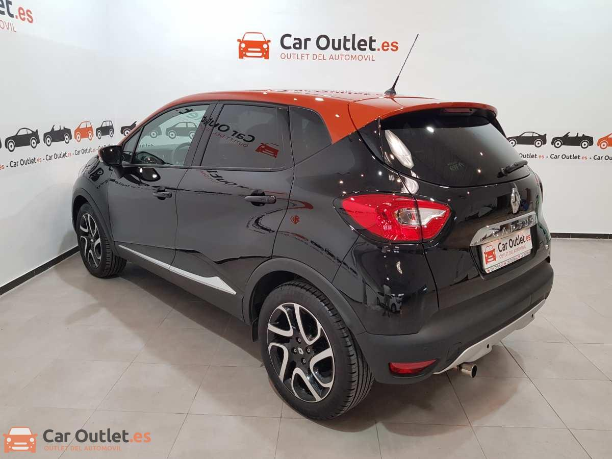 5 - Renault Captur 2015 - AUTO