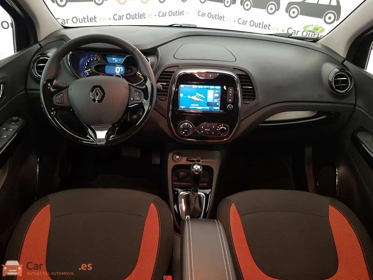 8 - Renault Captur 2015 - AUTO