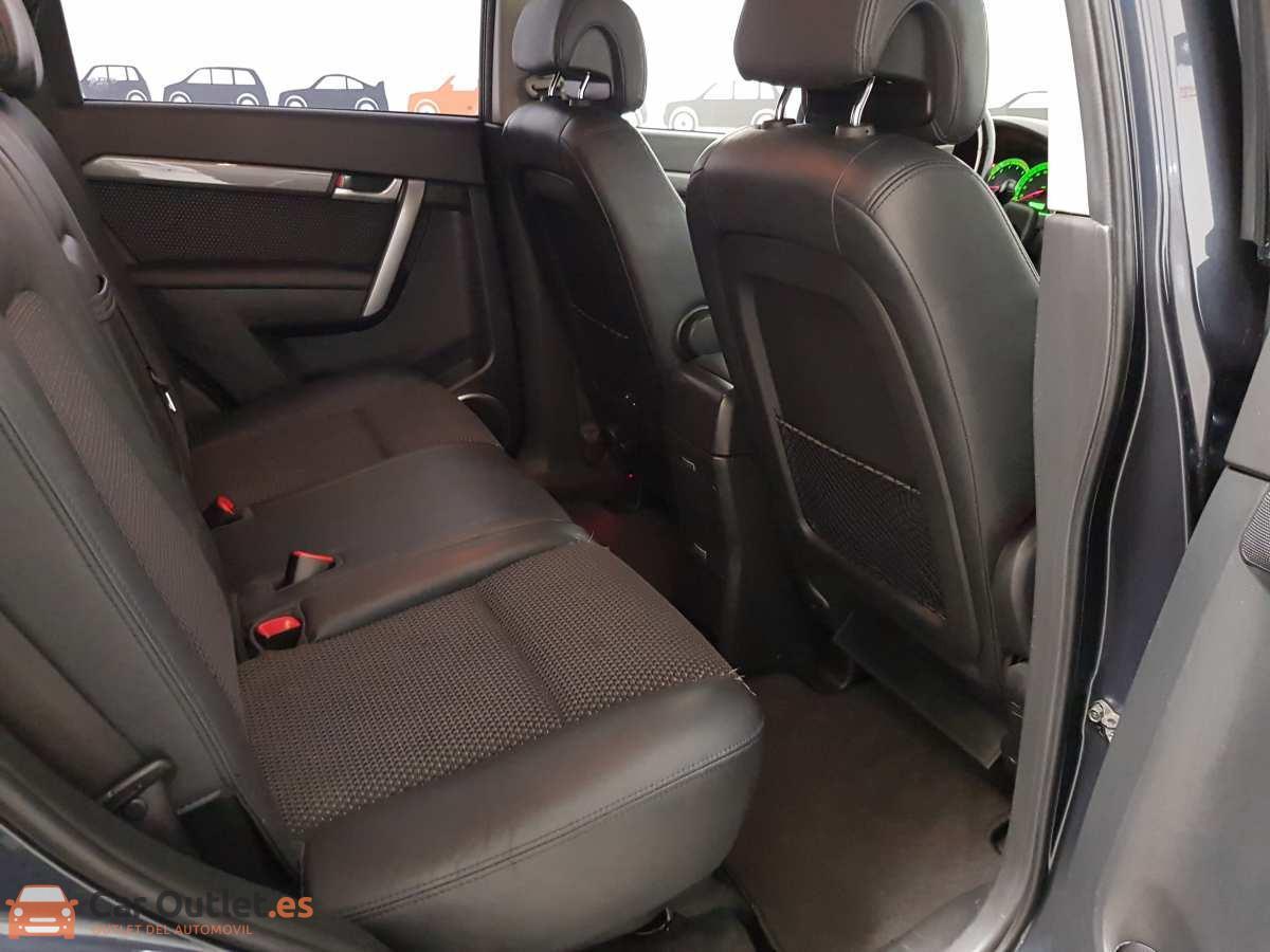 9 - Chevrolet Captiva 2010
