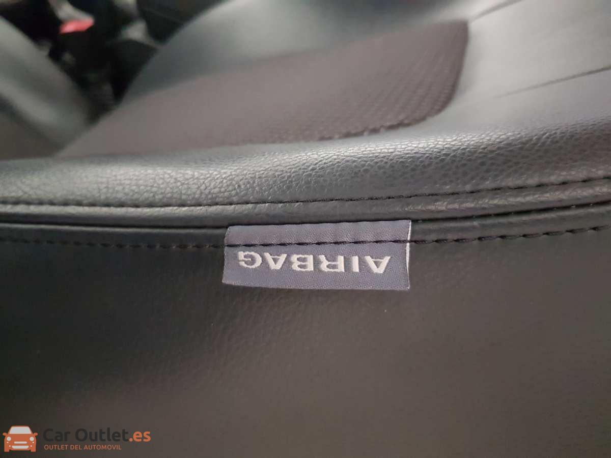 15 - Chevrolet Captiva 2010