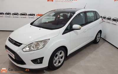 Ford Grand CMax Essence - 2013