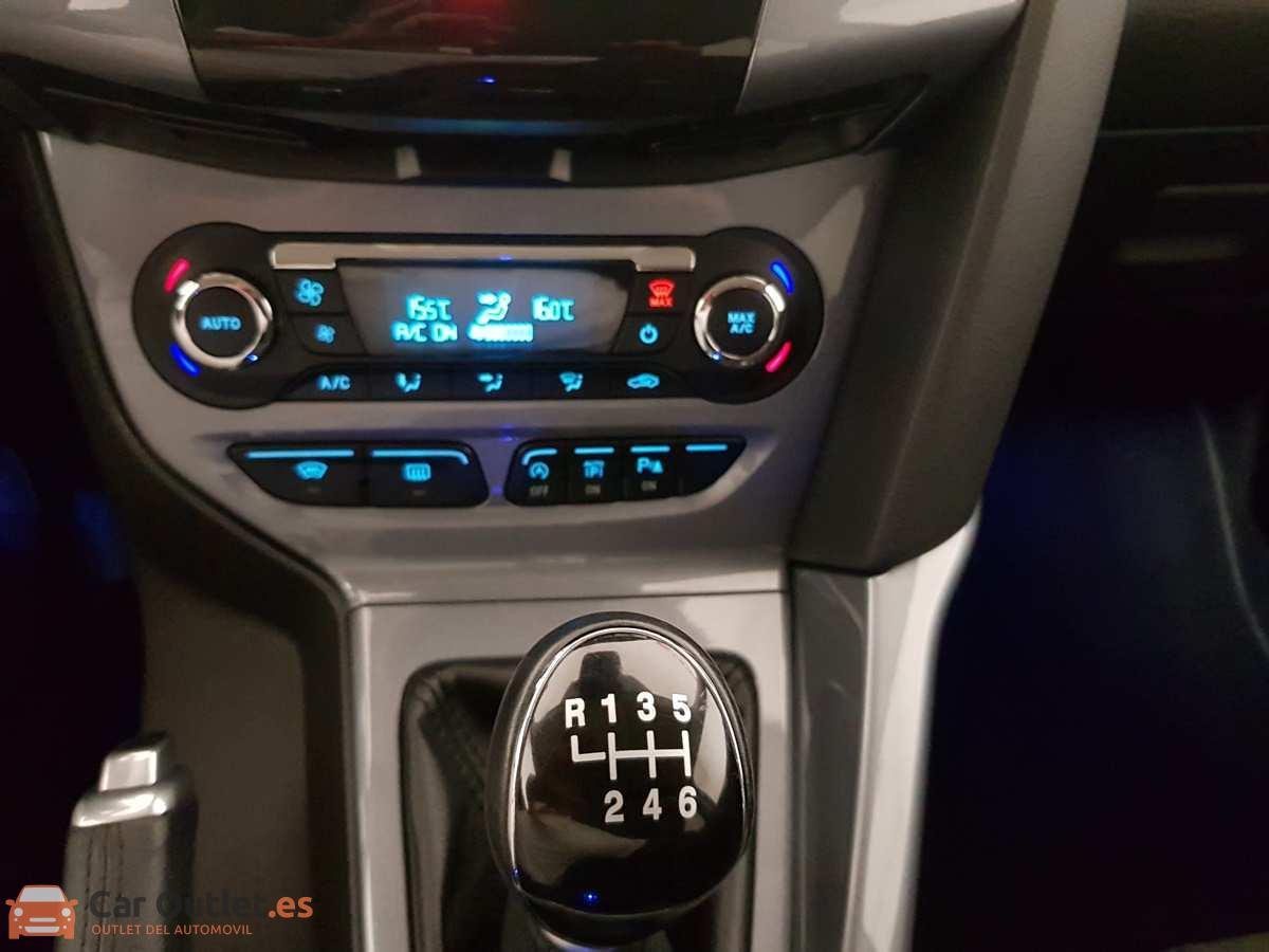 13 - Ford Focus 2014