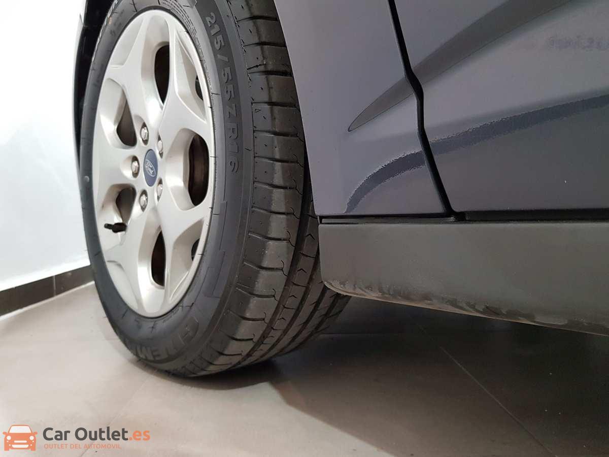 6 - Ford CMax 2013