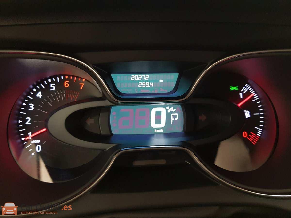 13 - Renault Captur 2018 - AUTO