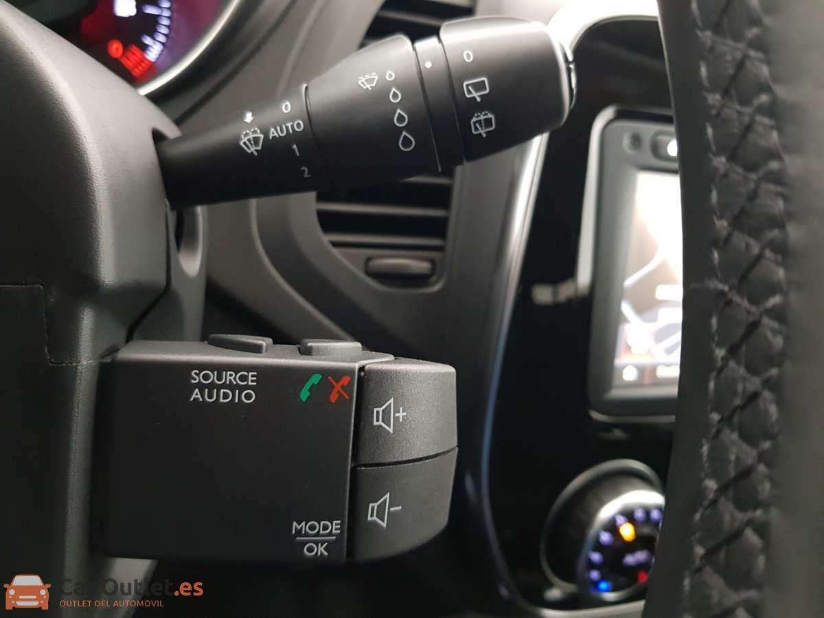 21 - Renault Captur 2018 - AUTO