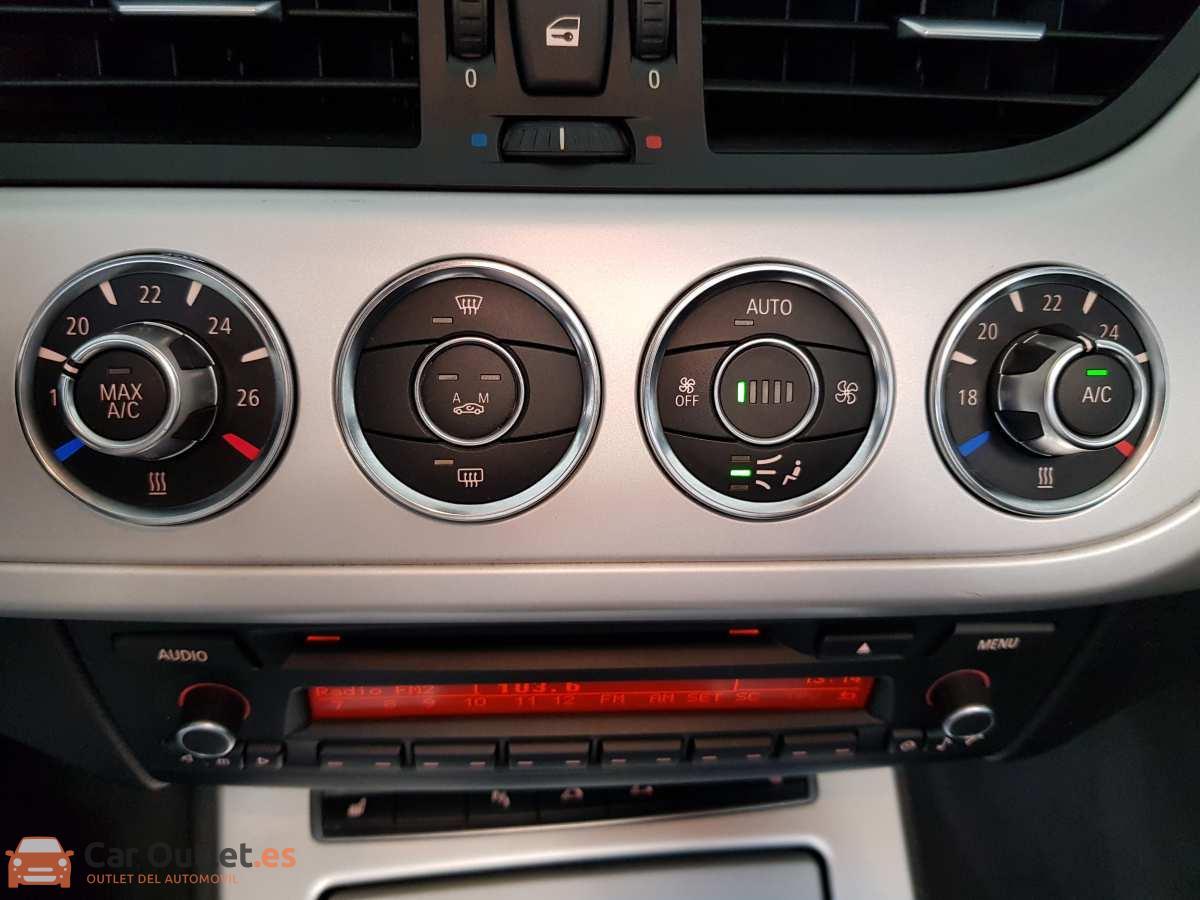 20 - BMW Z4 2013 - AUTO - CABRIO
