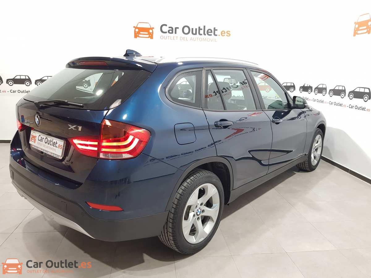 5 - BMW X1 2015 - AUTO