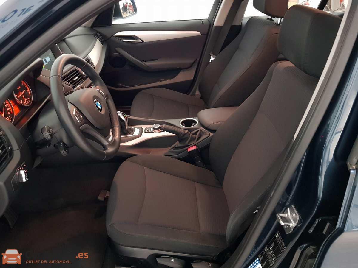 8 - BMW X1 2015 - AUTO