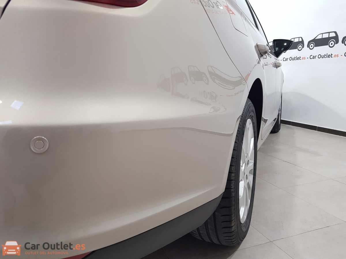 24 - Seat Leon 2014 - AUTO
