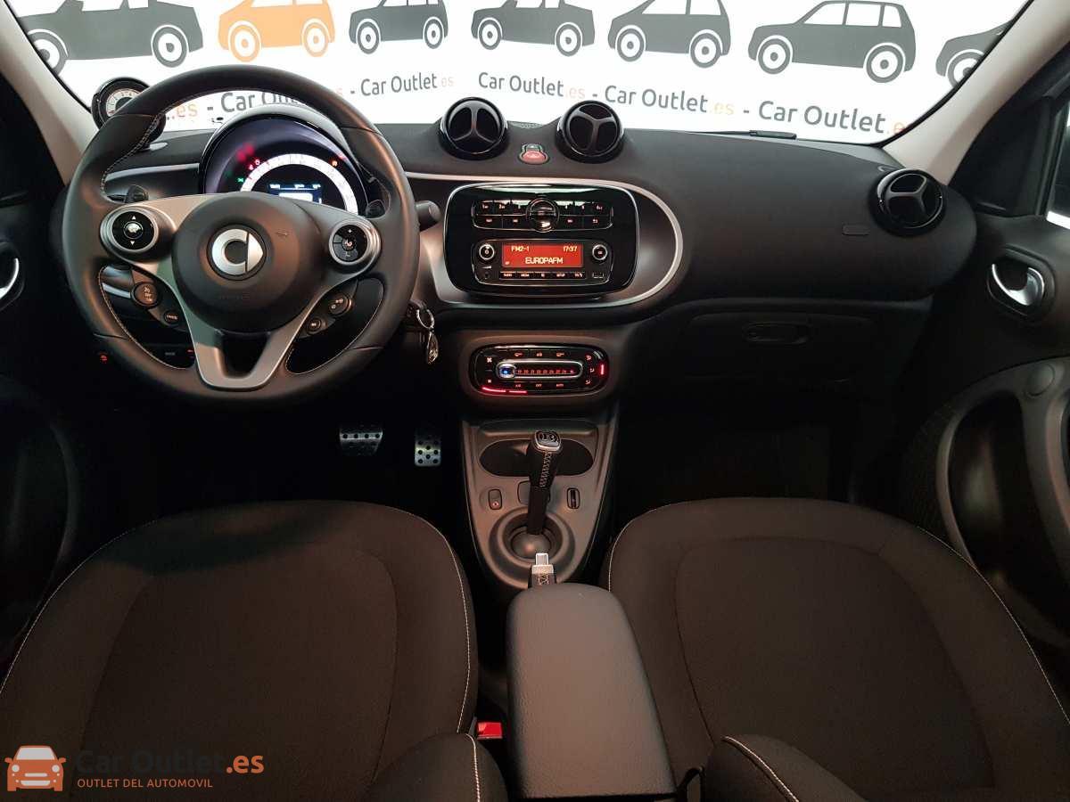 11 - Smart Forfour 2019 - AUTO