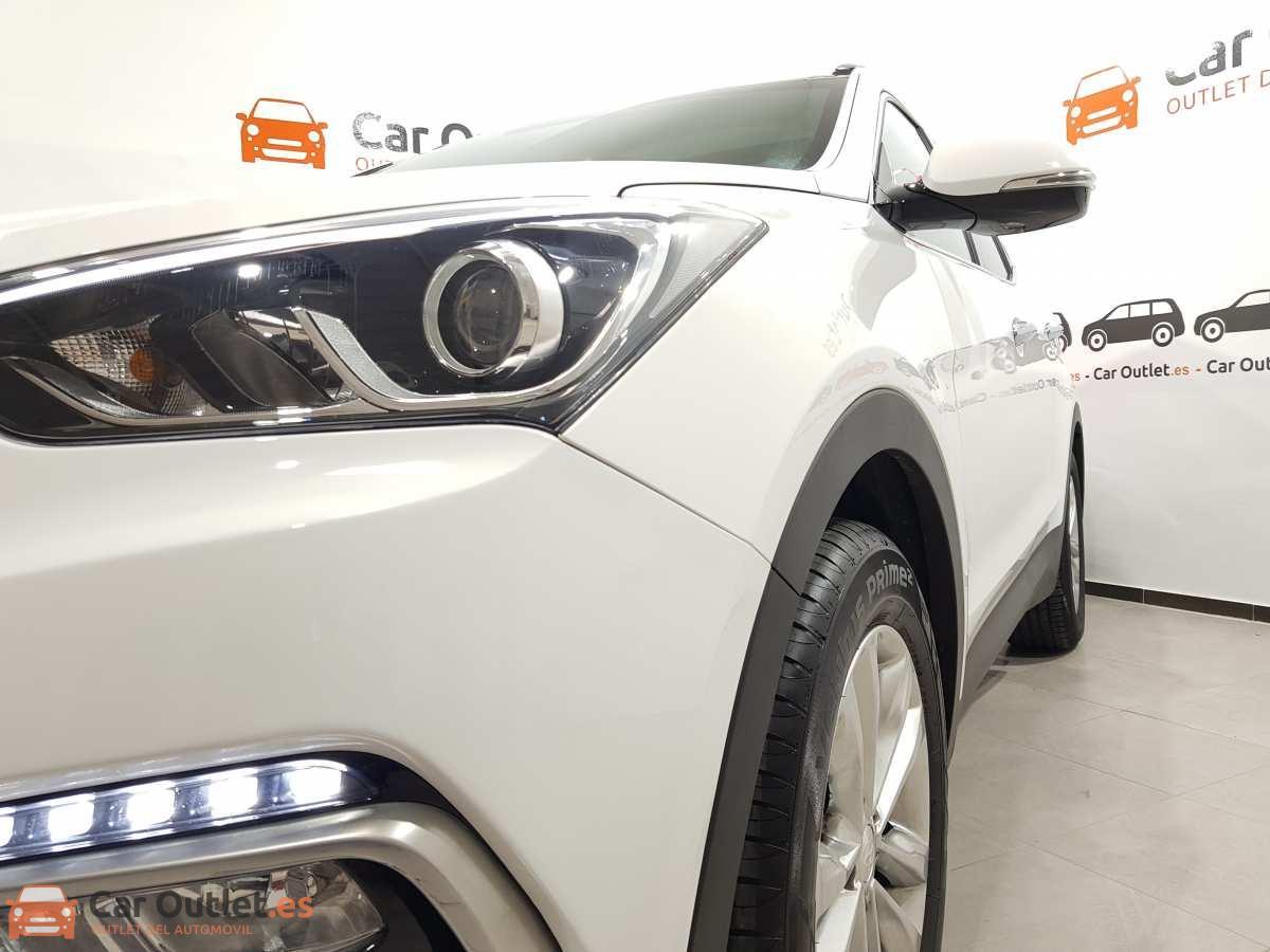 4 - Hyundai Santa Fe 2018