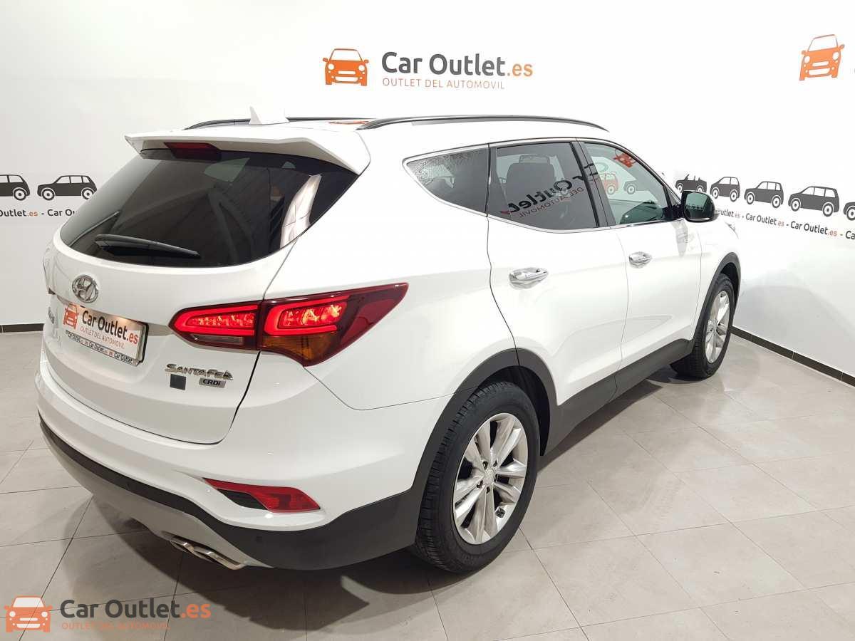 5 - Hyundai Santa Fe 2018